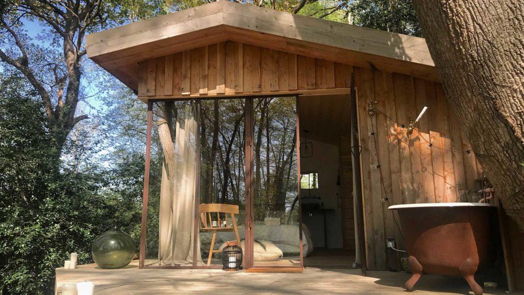 cabane-dans-les-bois