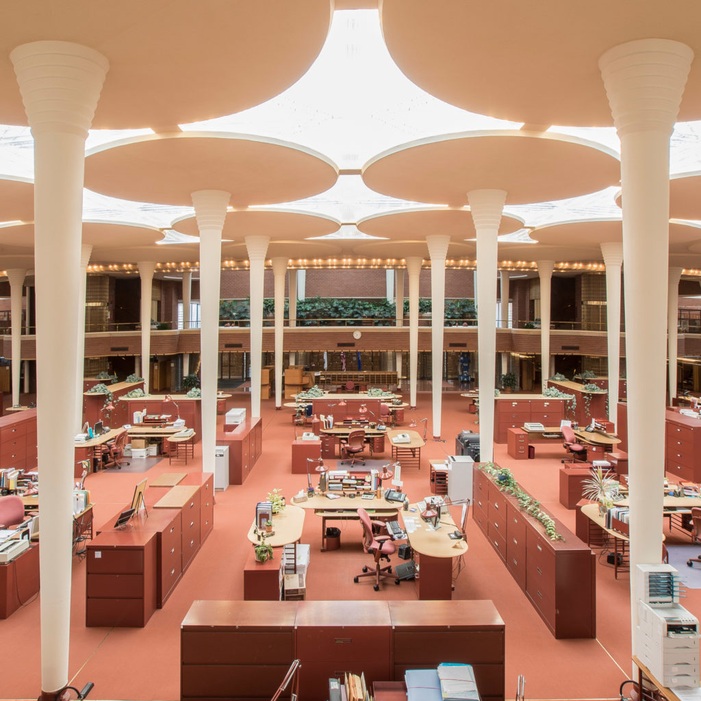 johnson-wax-frank-lloyd-wright-racine-wisconsin_dezeen_sq