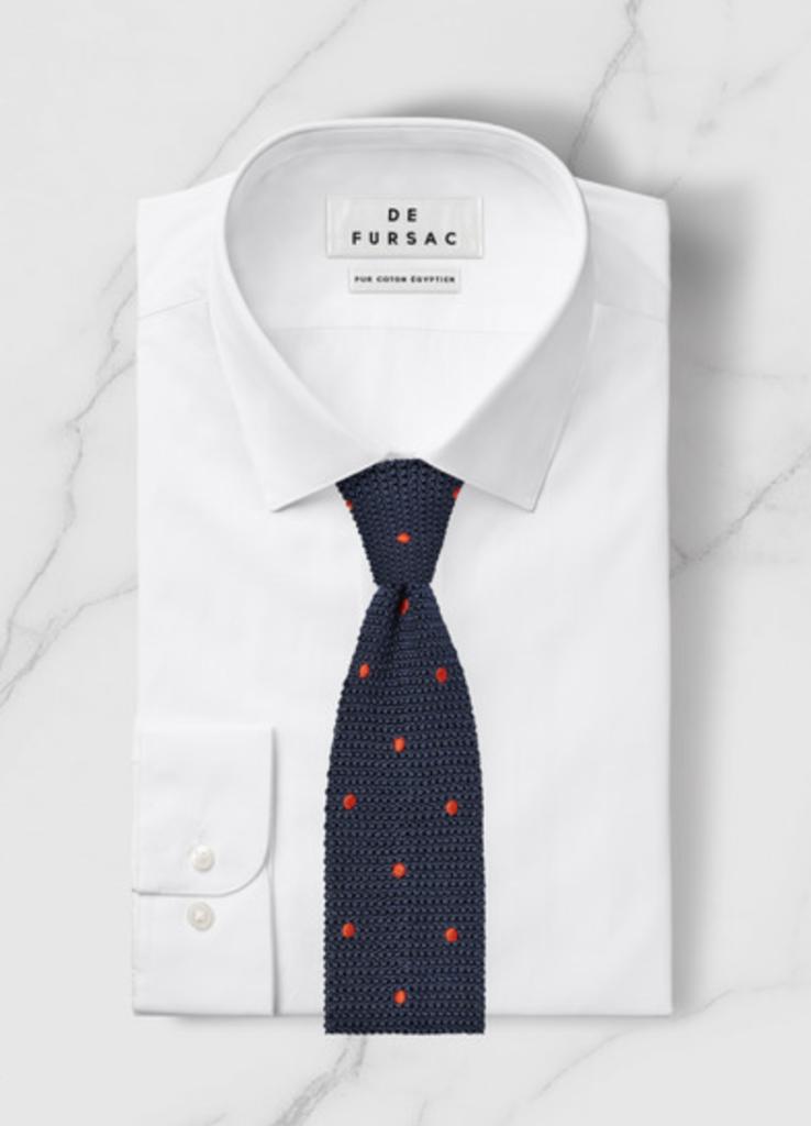 mespromenades-comment-porter-un-costume-defursac-chemise-blanche-cravate-bleu-crochet