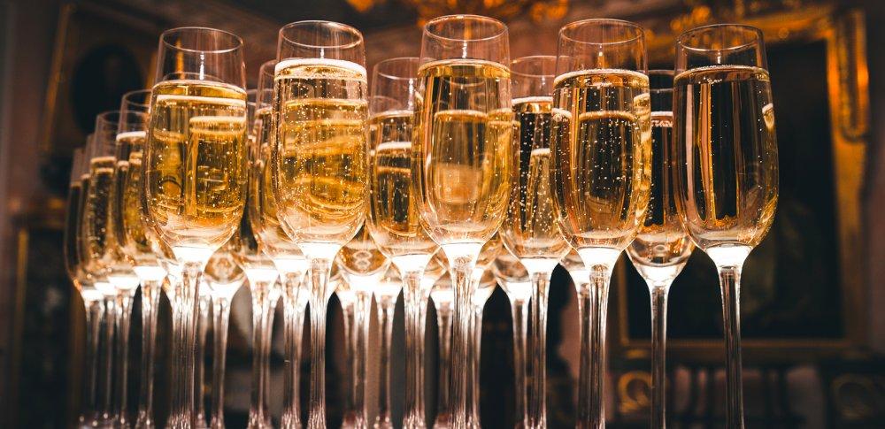 mespromenades-champagne-collet-verres-verre-art-nouveau