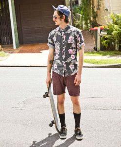 mespromenades-chaussette-haute-skate-credits-@-vans-homme-hipster-vintage