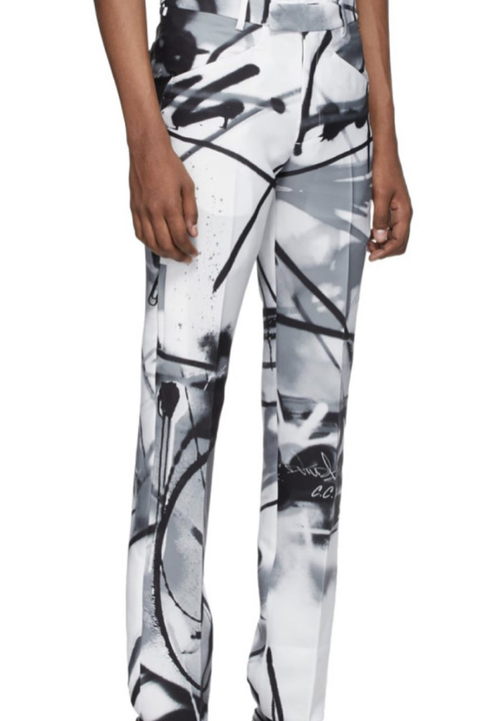 mespromenades-futura-off-white-photo-credit-thibaut-grevet-pantalon