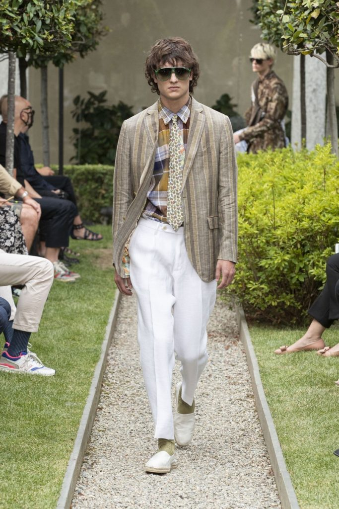 mespromenades-etro-ss21-men-s-collection-credit-photo-courtesy-etro-05