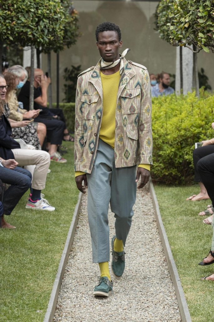 mespromenades-etro-ss21-men-s-collection-credit-photo-courtesy-etro-06