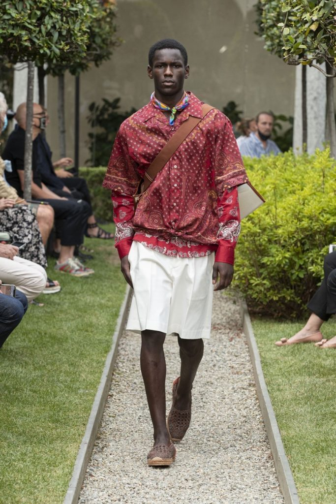 mespromenades-etro-ss21-men-s-collection-credit-photo-courtesy-etro-10
