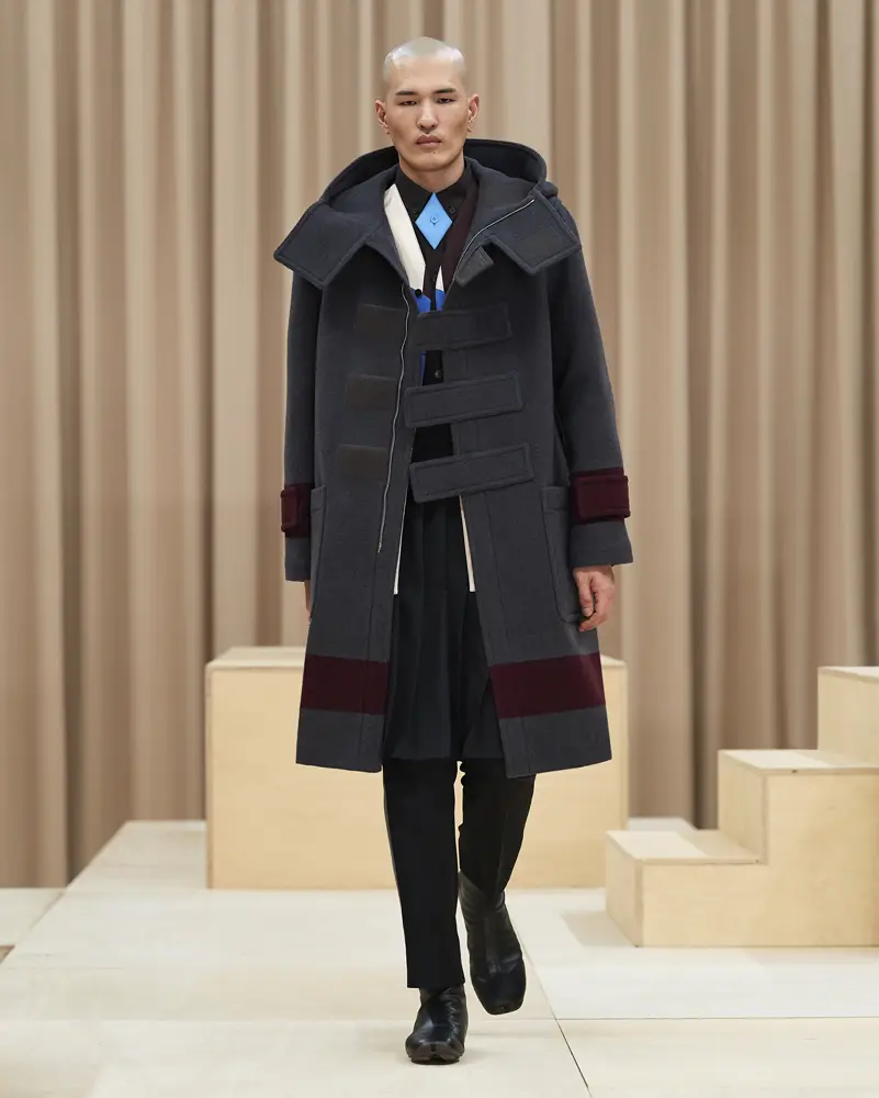 burberry-riccardo-tisci-london-fashion-week-collection-automne-hiver-fall-winter-2021-2022-mespromenades-©-credits-burberry-25